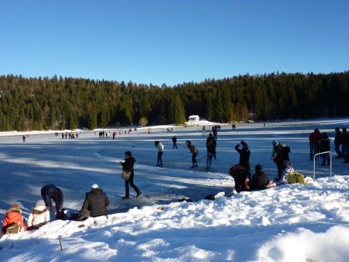 patiner, lac gelé, Charix, Lac Genin, hiver,glace,auberge du Lac Genin, Denis Godet, hiver,