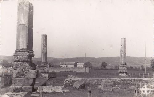 izernore,christian Cottet-Emard, l'inventaire des fétiches,orage-lagune-express,ruine, temple gallo-romain,Ain,